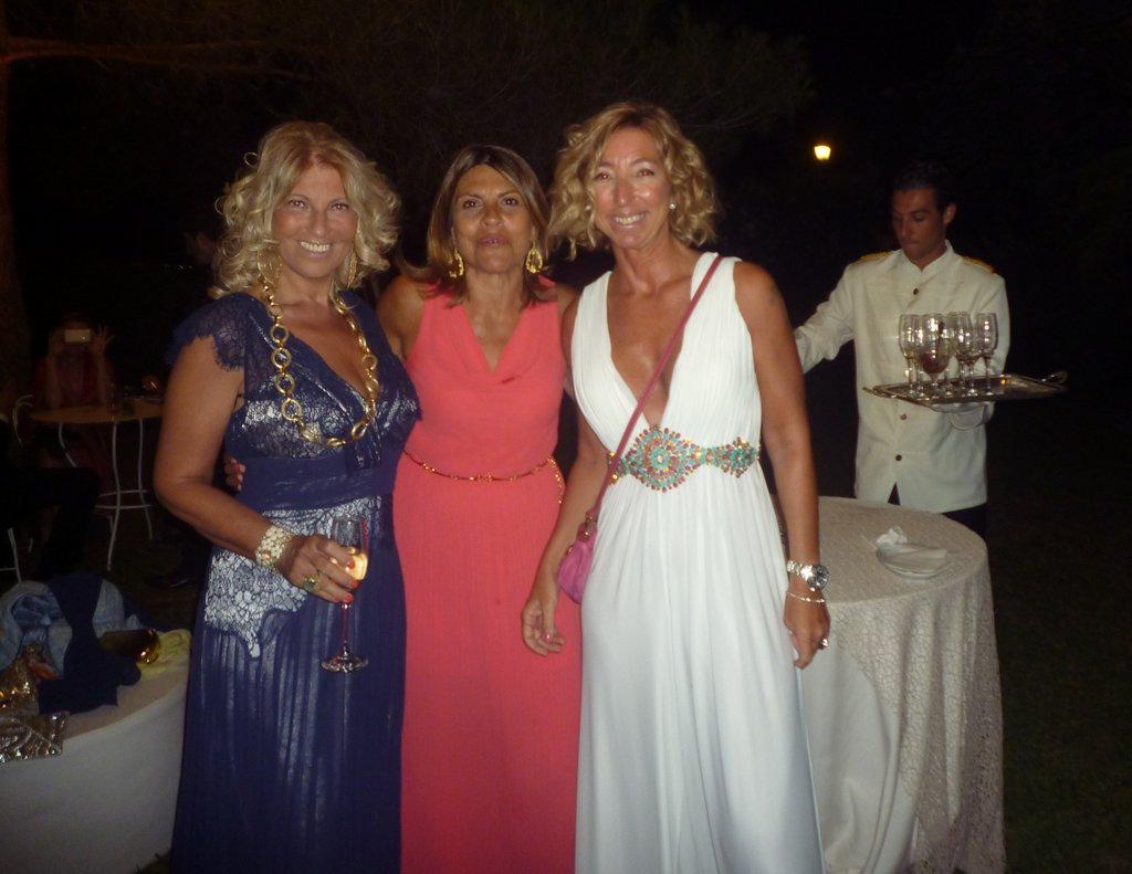 MARIELLA GENNARINO, ENZA E MARIAGRAZIA MESSINA