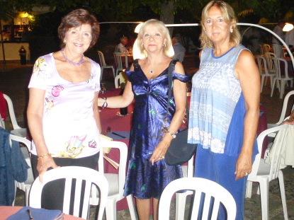 Magdalena Avella,Daniela Russo, Ina Tarro