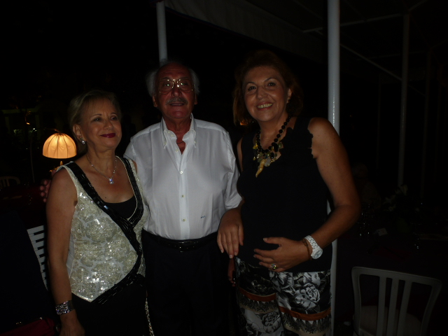 Luisa e  Gaetano caprino con Mariagrazia Pistorio