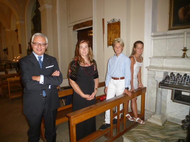 Gianfranco Pace  con la moglie e i figli