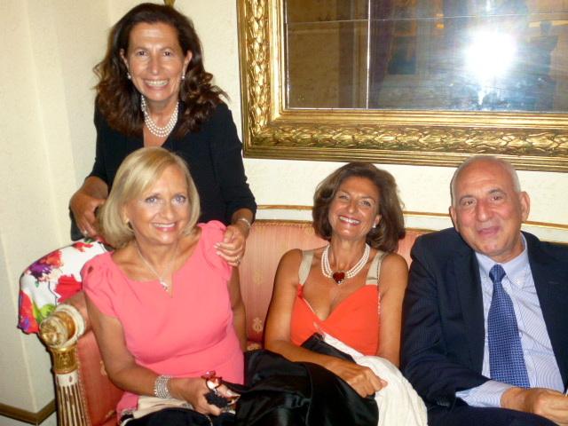 Giuseppina Alessi,Gabriella Tiralosi.Raffaella Zipper, Toti Randazzo