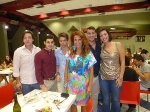 Marika  Cappellani con studenti